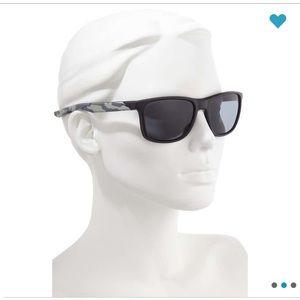 NWT Nike Endeavor Square Sunglasses
